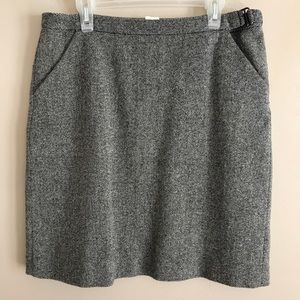 J CREW Wool Blend Skirt With Pockets - 8